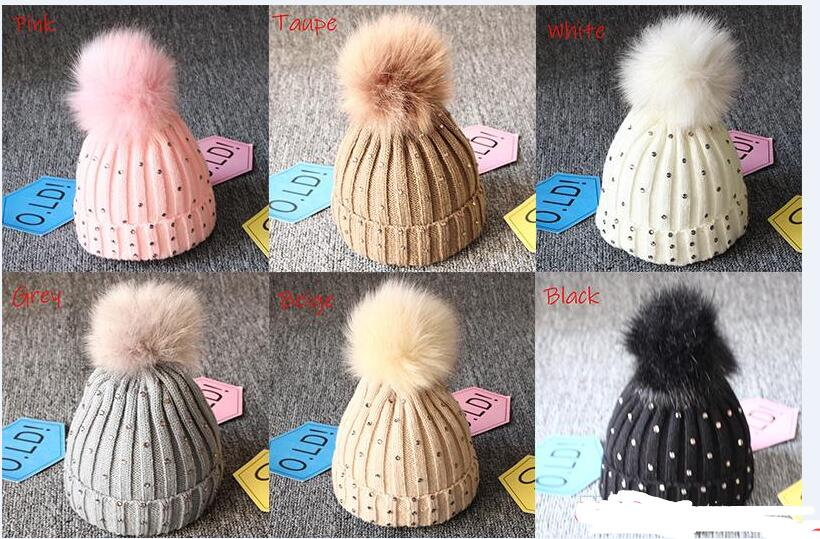Baby Knitted Diamonds Hats Fur Pom Pom Beanie Shinning Bling Bling Bobble Crochet Caps Winter Infant Kids Boy Girl Designer Accessories